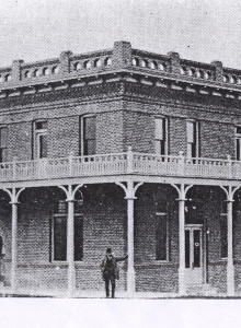 cropped-hotel-lincolnj1902.jpg
